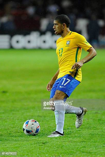Taison of Brazil drives the ball during a match between Venezuela and Brazil as part of FIFA 2018 World Cup Qualifiers at Metropolitano Stadium on...