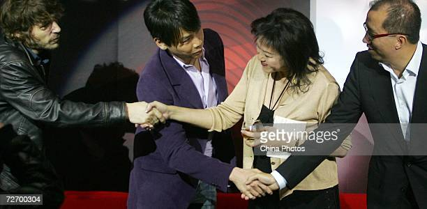 Taiwan singer David Zee Tao attends a press conference of the Hennessey Global Artistry Tour on December 1 2006 in Shanghai China Shanghai is the...