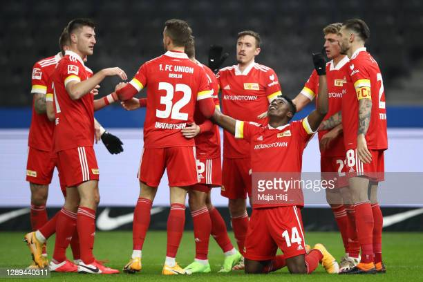 Taiwo Awoniyi of Union celebrates his team's first goal with teammates during the Bundesliga match between Hertha BSC and 1. FC Union Berlin at...