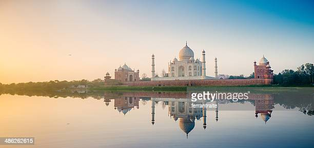 taj mahal agra india - panoramic stock pictures, royalty-free photos & images