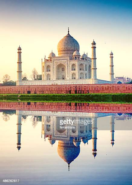 taj mahal agra india - taj mahal stock photos and pictures