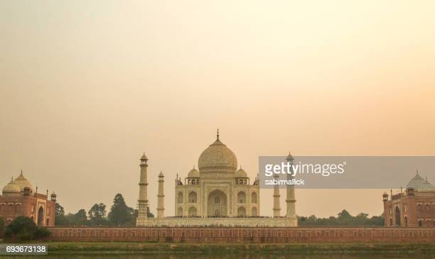 taj mahal agra, india. - taj mahal stock photos and pictures