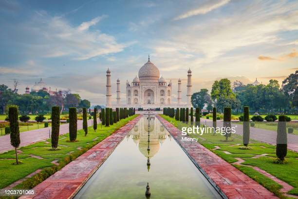 taj mahal agra moody sunrise twilight relections india - hinduism stock pictures, royalty-free photos & images