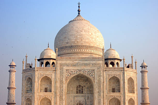 Taj Mahal At Sunrise Wall Art