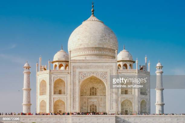 taj mahal before sunset - taj mahal stock photos and pictures