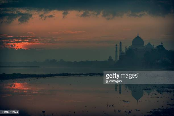 Taj Mahal beforet sunrise with reflections in Yamuna River, XXXL