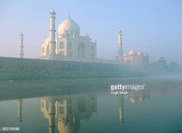 taj mahal in india - hugh sitton stock-fotos und bilder
