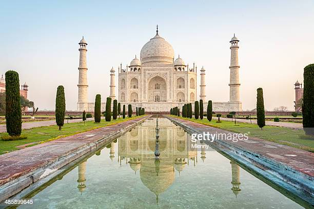 taj mahal monument at sunrise agra, india - taj mahal stock pictures, royalty-free photos & images
