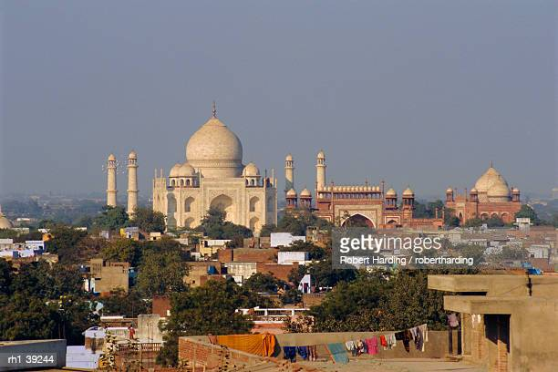 Taj Mahal on the banks of the Yamuna River, built by Shah Jahan for his wife, Agra, India
