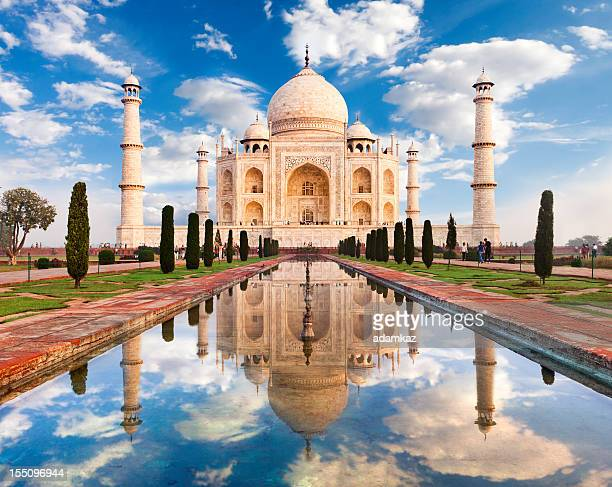 taj mahal sunrise - taj mahal stock photos and pictures