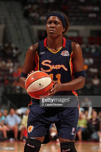 Taj McWilliamsFranklin of the Connecticut Sun prepares to shoot a free throw during a game against the Detroit Shock at the Palace of Auburn Hills on...