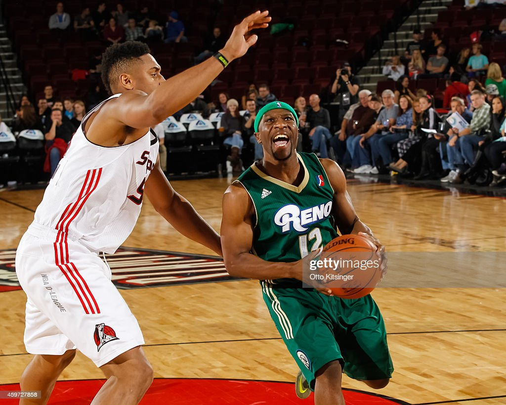 Tajuan Porter #12 of the Reno Bighorns handles the ball against the Idaho Stampede during an NBA D-League game on November 28, 2014 at CenturyLink Arena in Boise, Idaho.