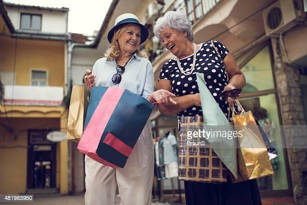Take a look inside my shopping bag!