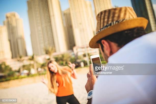take a pic of the girlfriend in dubai