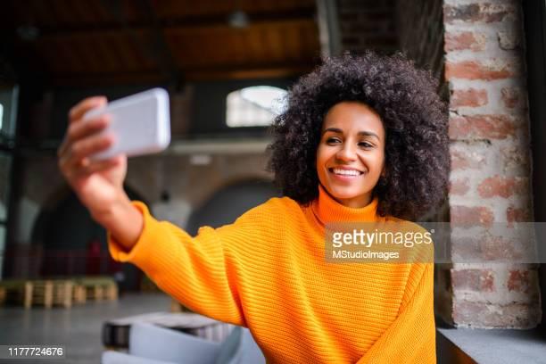 take selfie - sloppy joe, jr stock pictures, royalty-free photos & images
