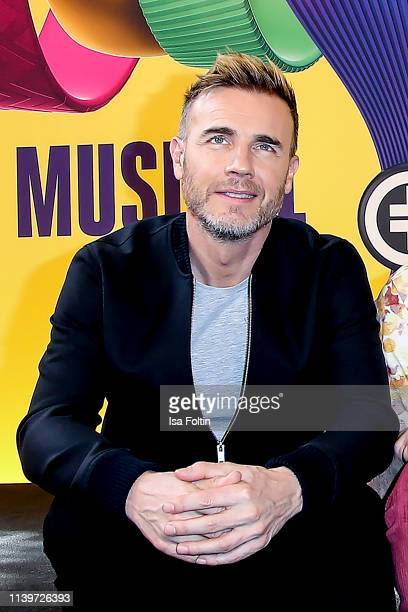 """Take That singer Gary Barlow during the photocall """"The Band - Das Musical"""" with the main cast and members of the band Take That at Theater des..."""