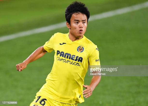 Takefusa Kubo of Villarreal CF looks on during the La Liga Santander match between Villarreal CF and Deportivo Alavés at Estadio de la Ceramica on...