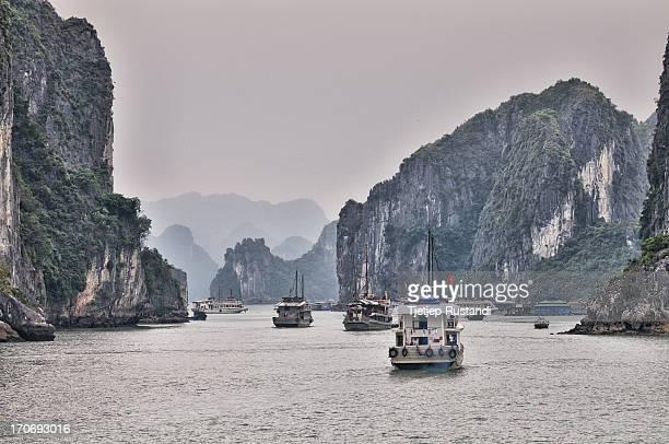 CONTENT] Taken @Halong Bay Hanoi Vietnam