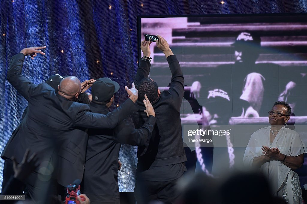 A. takes a selfie at the 31st Annual Rock And Roll Hall Of Fame Induction Ceremony at Barclays Center on April 8, 2016 in New York City.