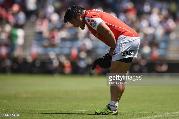Takeshi Hino of the Sunwolves leaves the field during the Super Rugby match between the Sunwolves and the Blues at Prince Chichibu Stadium on July 15...