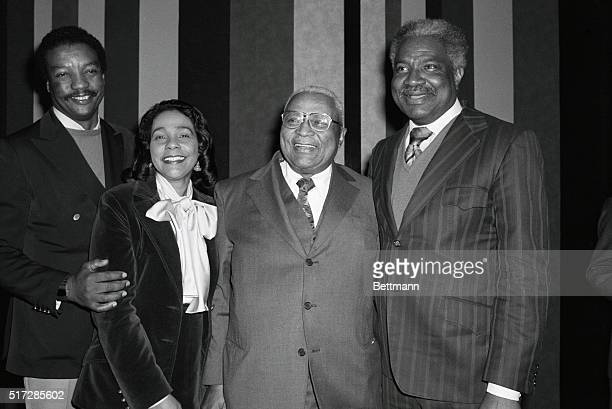 Taking a break in the filming of the television movie King are left to right actor Paul Winfield Mrs Coretta King wife of the late Reverend Dr Martin...