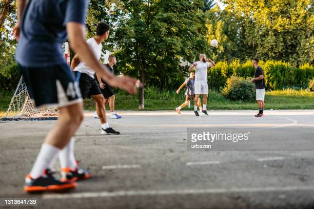 taking a corner kick in soccer game - taking a corner stock pictures, royalty-free photos & images