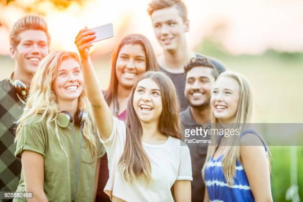 Tomar un grupo Selfie
