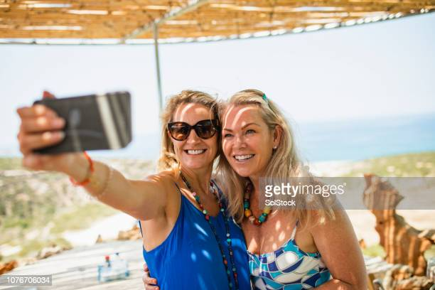 taking a selfie - early retirement stock pictures, royalty-free photos & images