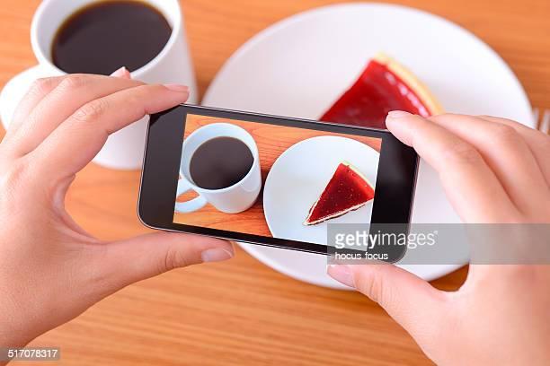 Selfie Foto mit Smartphone-Speisen