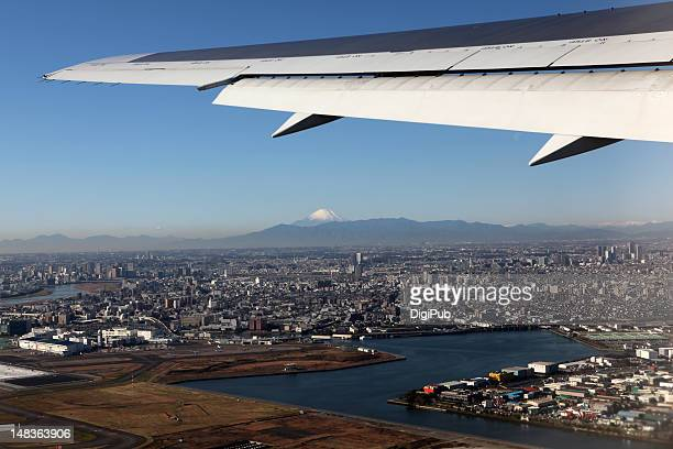 taking off from haneda - kanto region stock photos and pictures