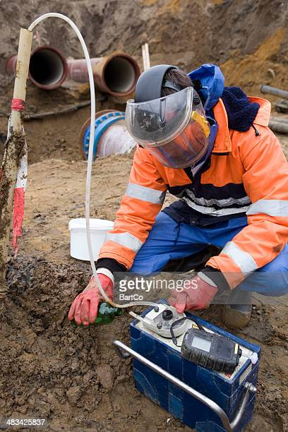 taking samples of the soil, environmental research. - geology stock pictures, royalty-free photos & images