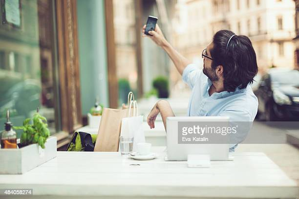 Nimmt selfies
