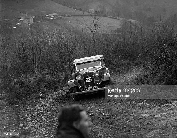 Talbot 14 hp saloon of D Pamphlett North West London Motor Club LondonGloucester Trial 1932 Artist Bill BrunellTalbot 14hp Saloon 1665 cc 1932...