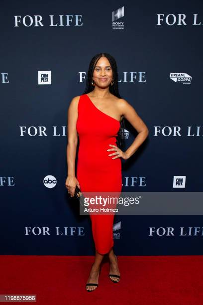 FOR LIFE Talent and executive producers from ABC's new drama For Life celebrated their premiere in New York this evening with a red carpet screening...