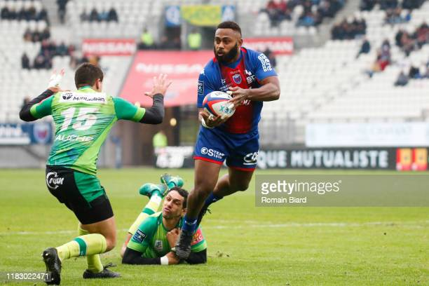Taleta TUPUOLA of Grenoble and Maxime SALLES of Montauban during the Pro D2 match between FC Grenoble Rugby and US Montauban on November 17, 2019 in...
