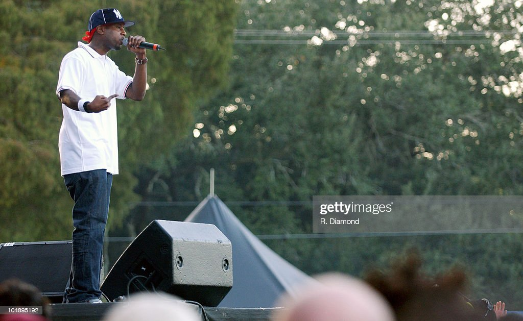 Talib Kweli during Voodoo Music Experience 2003 - Day Two at City Park in New Orleans, Louisiana, United States.