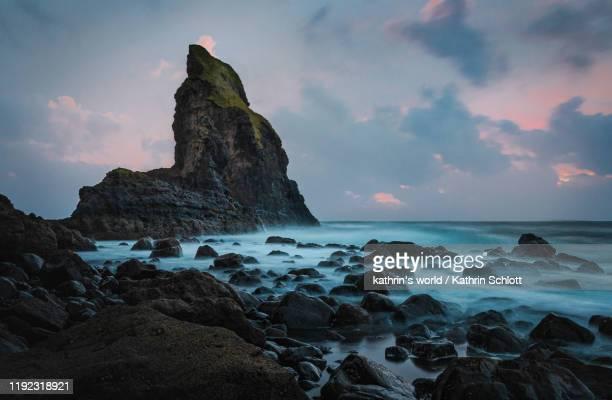 talisker bay - paysage marin photos et images de collection