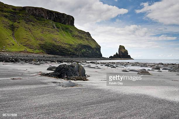talisker bay - isolated color stock pictures, royalty-free photos & images