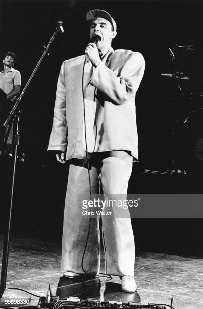 Talking Heads 1983 David Byrne