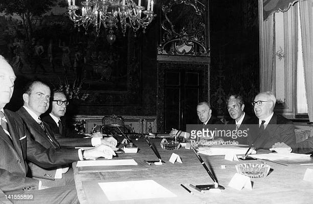 Talks at the Quirinal between the President of the USA Richard Nixon the US Secretary of State Henry Kissinger the Italian President Giuseppe Saragat...
