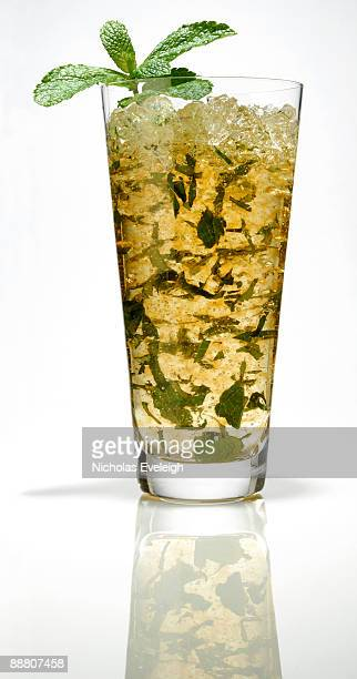 tall mint julep - mint julep stock pictures, royalty-free photos & images