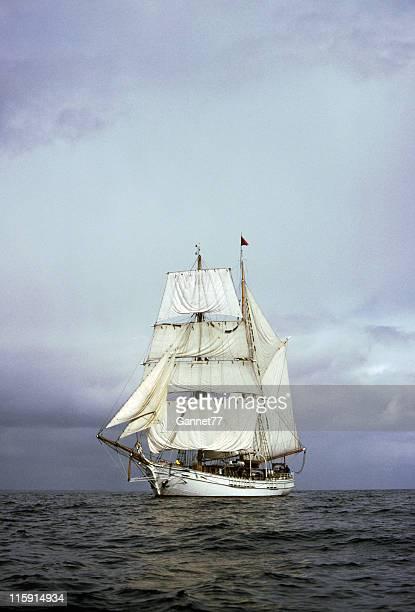Grand voilier sur la mer