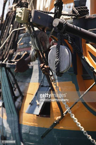 tall ship hull rigging hms surprise - sail boom stock pictures, royalty-free photos & images