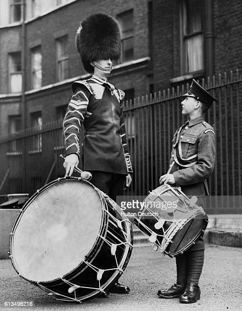 Tallest and Shortest Drummers in British Army