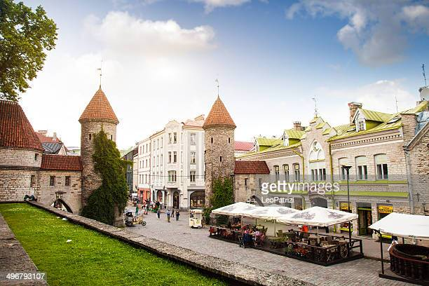 tallinn old town entrance - old town stock pictures, royalty-free photos & images