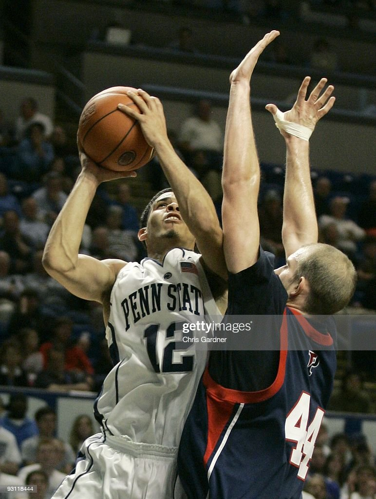 Penn v Penn State : News Photo
