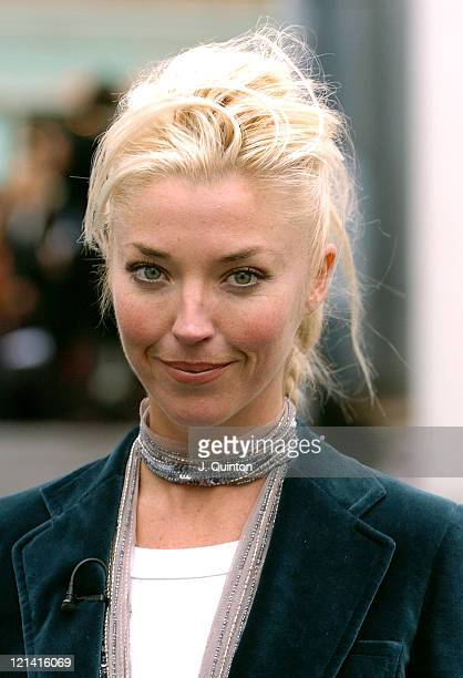 Tamara Beckwith during London Fashion Week Spring 2005 Scott Henshall Arrivals at Saatchi Gallery Building in London Great Britain