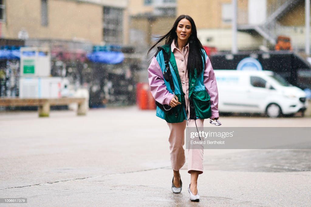 Street Style - LFW February 2020 : News Photo