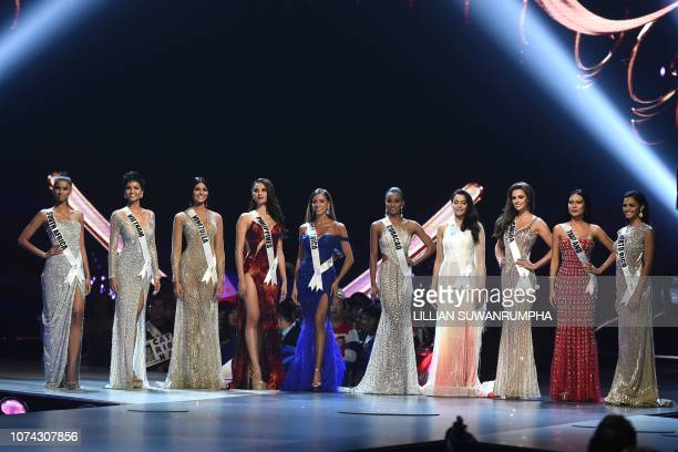 Tamaryn Green of South Africa H'Hen Nie of Vietnam Sthefany Gutierrez of Venezuela Catriona Gray of the Philippines Natalia Carvajal of Costa Rica...