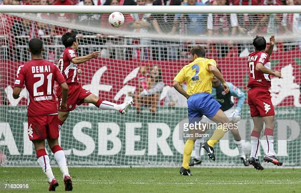 Tamas Hajnal of Kaiserslautern heads the first goal during the Second Bundesliga match between 1FC Kaiserslautern and Rot Weiss Essen at the...
